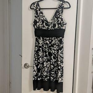 Jones Wear Dresses - Black & White Size 10 Jones Wear Sleeveless Dress